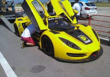 Иван Влъчков направи първи тестове с Sin Car R1 на писта Дракон