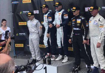Иван Влъчков е победител в GT4 след наказание на съперник