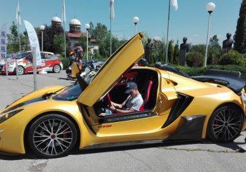 Иван Влъчков ще участва в GT4 с автомобила Sin Car R1