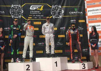 Иван Влъчков спечели първото състезание в своя клас в GT4