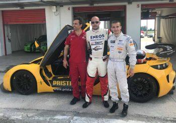 Влъчков в тандем с Маршавелов в битка за победата в GT4 на Словакия Ринг