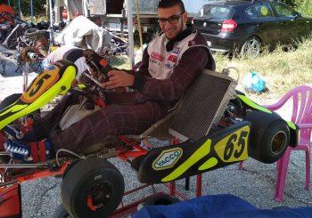 Юлиян Серафимов поддържа форма с мотора си