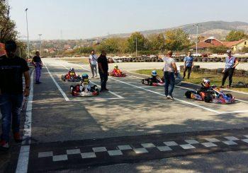 Трети кръг от шампионата на Македония с българско участие – Галерия от състезанието