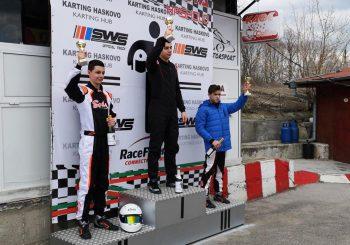 Ванков и Мишинков с победите в Хасково
